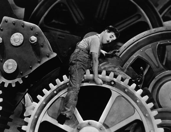 Still of Charlie Chaplin in Modern Times (1936)